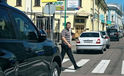 Могут ли пересекаться пути пешихода и автомобилиста