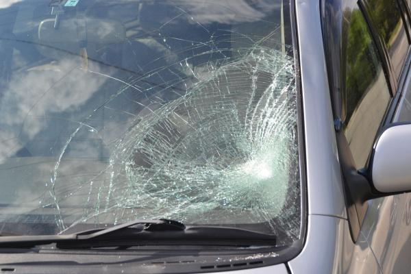 Получение страховки КАСКО при повреждении краски и сколах на автомобиле