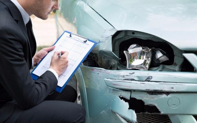 Ремонт по ОСАГО автомобиля: сроки проведения, можно ли получить деньги